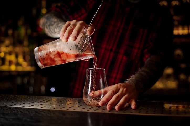 New Orleans bartender sazerac